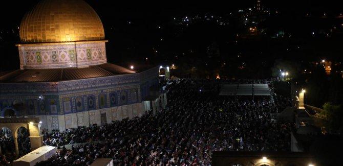Mescid'i Aksa'da Kadir Gecesi