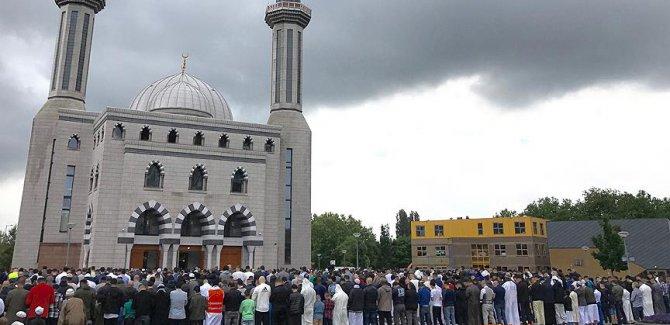 Hollanda'da 'Müslümanlara Karşı Ayrımcılık Raporu'