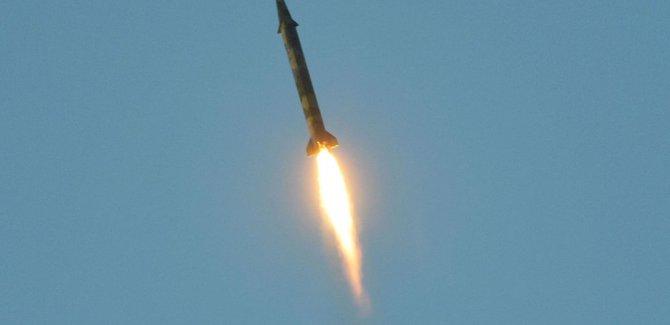 Kuzey Kore, Japon sularına doğru balistik füze fırlattı
