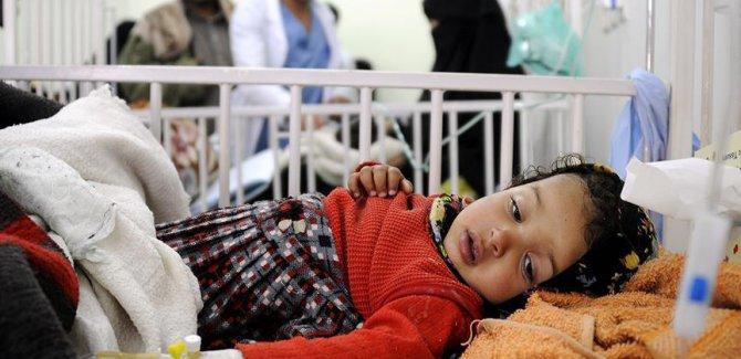 Yemen'deki kolera salgını on binlerce çocuğun hayatını tehdit ediyor