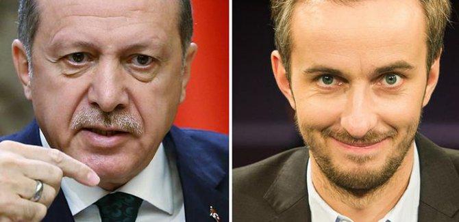 """Almanya'da """"Yabancı devlet adamına hakaret"""" suç olmaktan çıktı."""