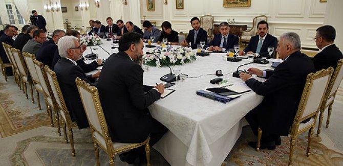 Başbakan:MGK'ya OHAL'in uzatılmasını teklif edeceğiz
