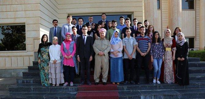 Barzanî pêşwazî li xwandekarên yekem ên Kurdistanê kir