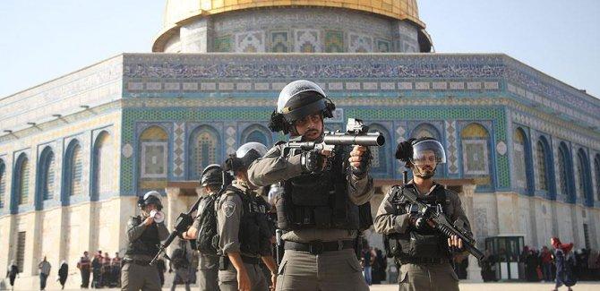 'Filistinliler cuma namazı için Aksa'da toplanacak'