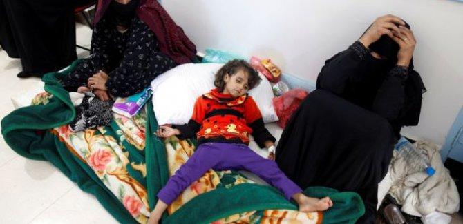 Yemen'deki kolera salgınında hayatını kaybedenlerin sayısı 889 oldu