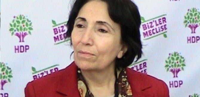 HDP'li Saadet Becerikli gözaltına alındı