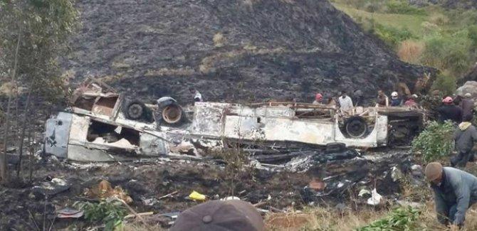 Madagaskar'da yolcu otobüsü devrildi: 30 ölü 80 yaralı