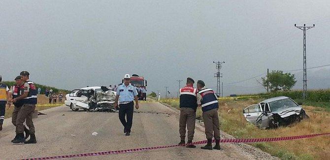 Karaman'da trafik kazası: 6 ölü, 4 yaralı