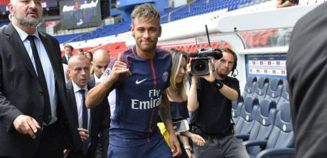Kapitalist düzen,Neymar ve futbol israfı