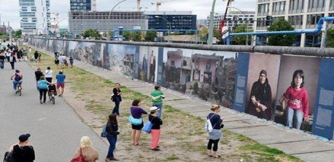 Berlin Duvarı sergiye dönüştü