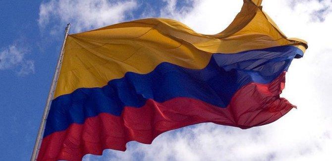 FARC lideri Kolombiya'ya döndü