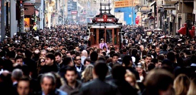 İstanbul'un nüfusu 5 yılda 1 milyon kişi arttı