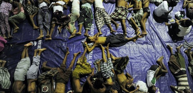 ''MYANMAR IRAK VEYA AFGANİSTAN'A DÖNMESİN''