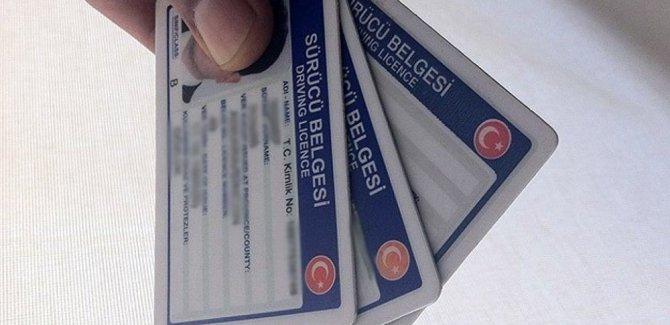 Pasaport ve ehliyette yeni düzenleme
