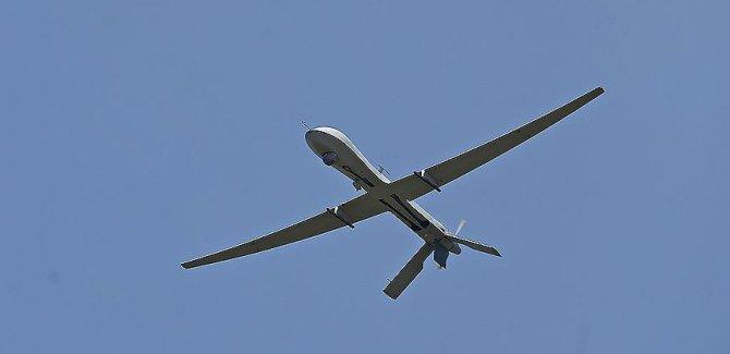 Gazze'de Siyonist israil Uçağı Düştü