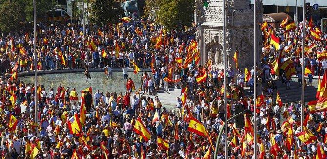 Fransızların yüzde 52'si Katalonya'nın bağımsızlığını desteklemiyor