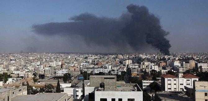 Siyonist İsrail'den Gazze'ye topçu saldırısı