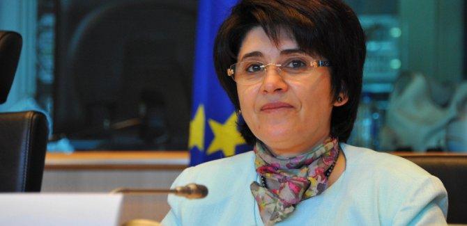 Leyla Zana, 15 yılla yargılandığı davadan beraat etti