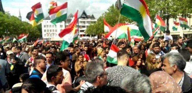 Avrupa'da Kürdistan'a destek gösterileri