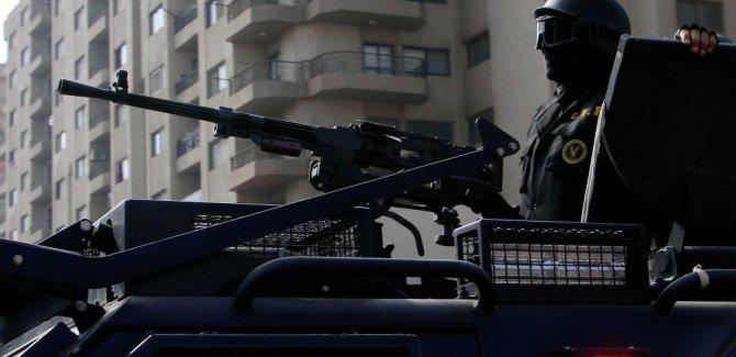 Mısır'da çatışma 30 polis öldü