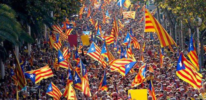 İspanya, Katalan Hükümetini feshetti!