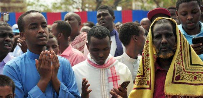 Somali katliamında ölü sayısı 350'yi aştı