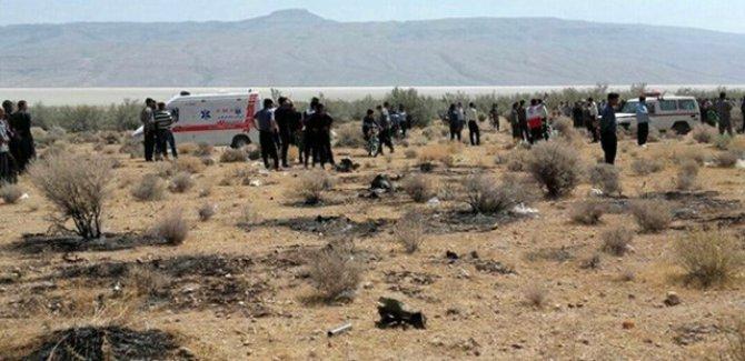 İran savaş uçağı düştü