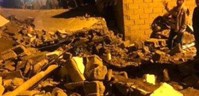 Batman'da aşırı yağıştan dolayı kerpiç ev çöktü:1 ölü, 6 yaralı