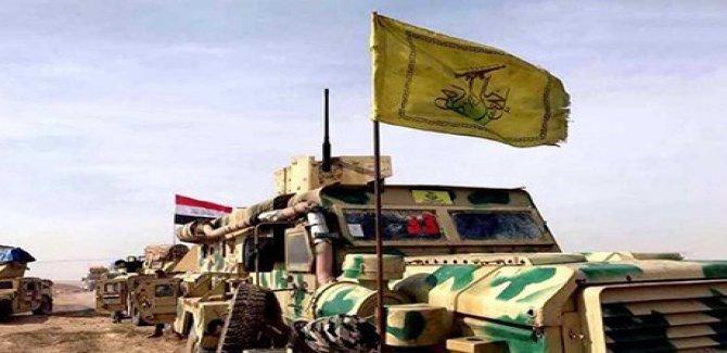 Heşdi Şabi'ye bağlı  Nuceba Hareketi ağır silahları teslim ediyor