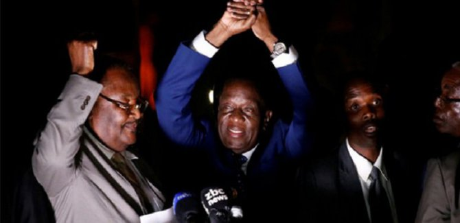 Zimbabve'nin yeni lideri Mnangagwa