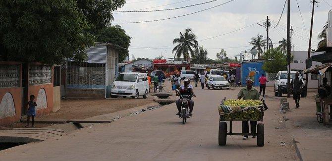 """Mozambik """"teröristler gidiyor"""" gerekçesiyle camileri kapatıyor"""
