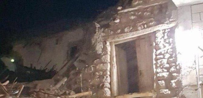 Siirt'te toprak damlı evde göçük: 3 ölü, 5 yaralı