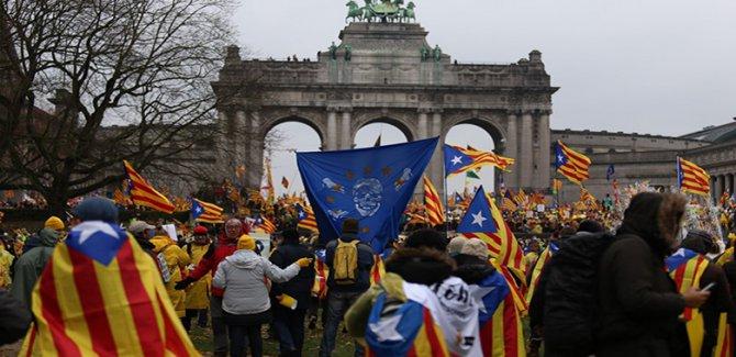 Brüksel'de 45 bin kişi bağımsızlık için toplandı