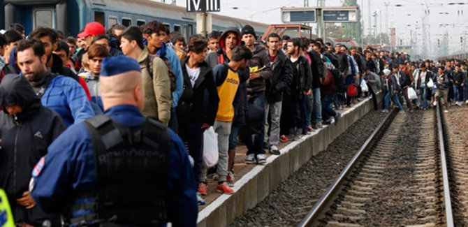 AB'de sığınmacı kabul etmek istemeyen ülkeler Adalet Divanı'nda