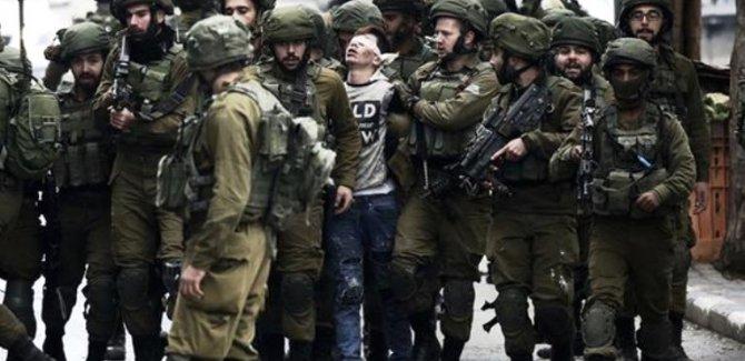 İşgalci İsrail askerleri tüm dünyaya rezil oldu