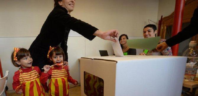 Katalanlar kader seçimi için sandık başında