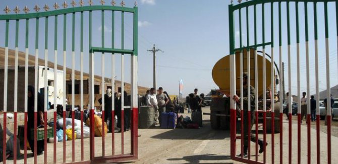 İran Kürdistan sınırlarını açtı