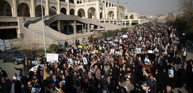 İranlı Sünni alimden ülkedeki gösterilere ilişkin açıklama