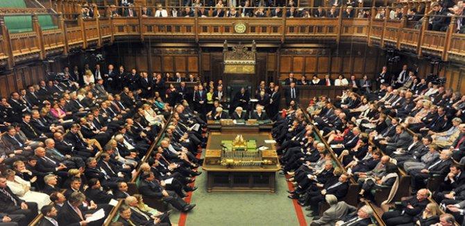 İngiltere'de Kürdistan tartışması: Kürtlerin güç kaybetmesine göz yumuldu!