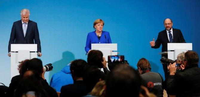 Almanya'da yeni hükümet için ilk adım