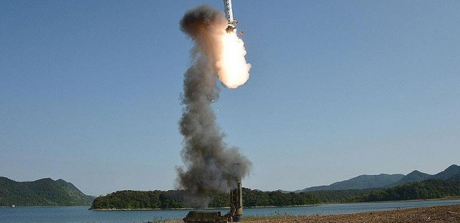 Hindistan uzun menzilli balistik füze denedi