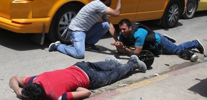 Irkçı İsrail  2 Filistinliyi şehid etti