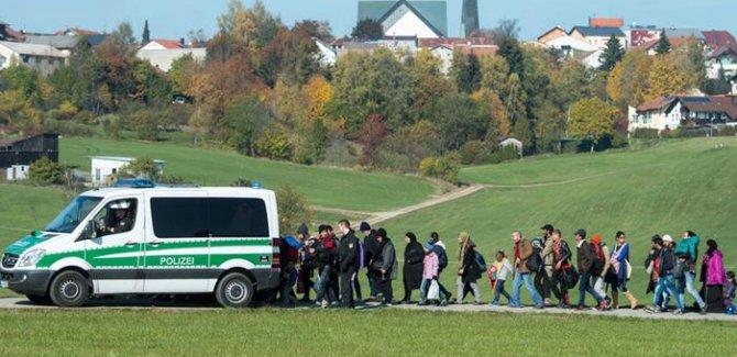 Avusturya mültecilere karşı sınır koruma birliği kuruyor