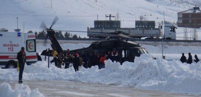Bitlis'te çığ düştü: 5 asker hayatını kaybetti