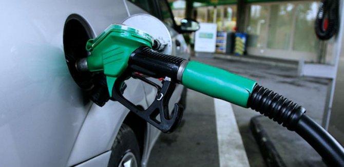 Benzinin litre fiyatı 6 lirayı geçti