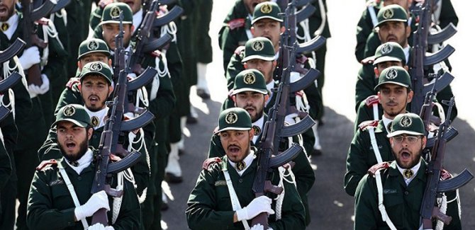 İran'da silahlı çatışma: 3 asker hayatını kaybetti