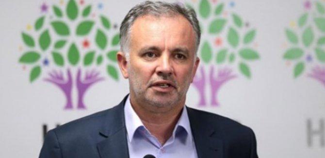 HDP: Doktorlukla cenaze yıkayıcılığını karıştırıyorlar