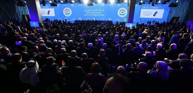 Suriye kongresi tartışmalı başladı: Lavrov'un konuşması kesildi