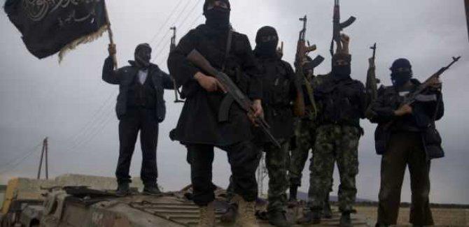 İsrail Golan'da El Kaide'ye Verdiği Desteği Artırdı