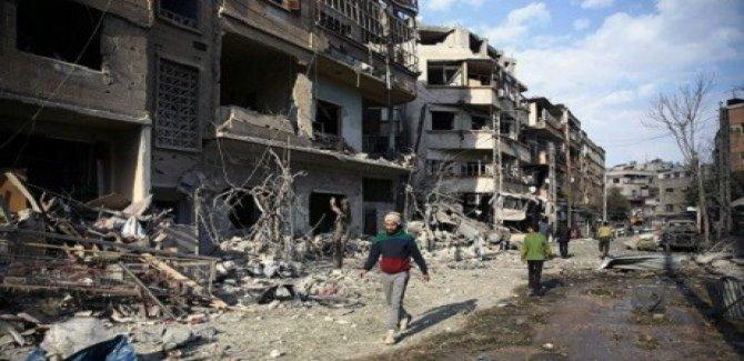 Yüzlerce sivil bölgeyi terketti
